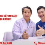 ghepp xuong cay implant co dau khong