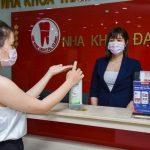 Hướng dẫn Khách hàng rửa tay bằng nước sát khuẩn