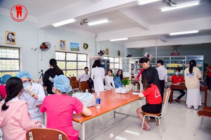 Phòng khám răng tại trường THPT Ngô Quyền