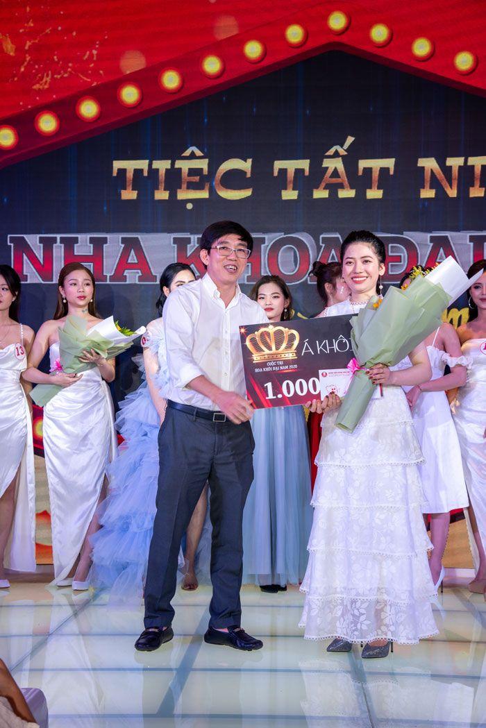 Gương mặt xinh đẹp của Á khôi 2 Nguyễn Thị Bích Liên