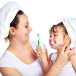 Không gian vui vẻ là một trong những yếu tố kích thích trẻ đánh răng