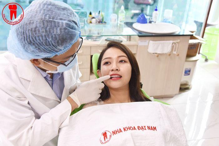 khắc phục đau nướu sau khi làm răng sứ xong bằng cách làm tại nha khoa uy tín